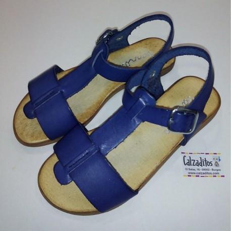 Sandalias de piel azul con hebilla, de Barritos