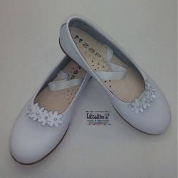 Bailarinas de piel blanca con elástico, de Zapy Girls