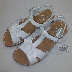 Sandalias de piel para niña en blanco, de D'Bebé Alta Colección