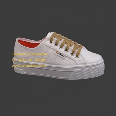 Zapatillas de lona con estampado de serpiente en blanco con suela doble, de BrixBol