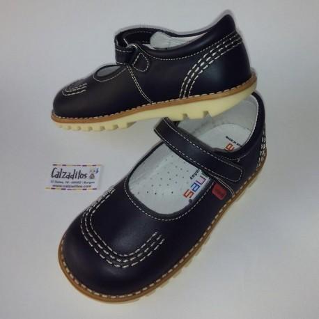 Zapatos de niña azul marino de piel, de Andanines