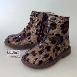 Botas de charol con estampado de leopardo, Tinny Shoes
