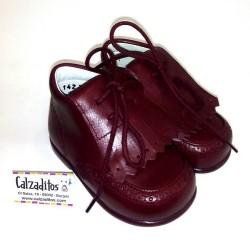 Botitas para bebé estilo clásico de piel burdeos, de Baby Style