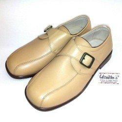 Zapato con hebilla en piel lisa camel (reno), de Twin Pass