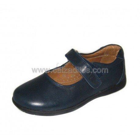 Zapatos colegiales para niña en piel azul marino, de Beto One