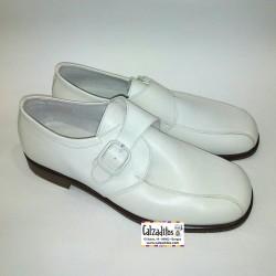 Zapatos de vestir para chico en piel beige (hielo) con hebilla, de Twin Pass